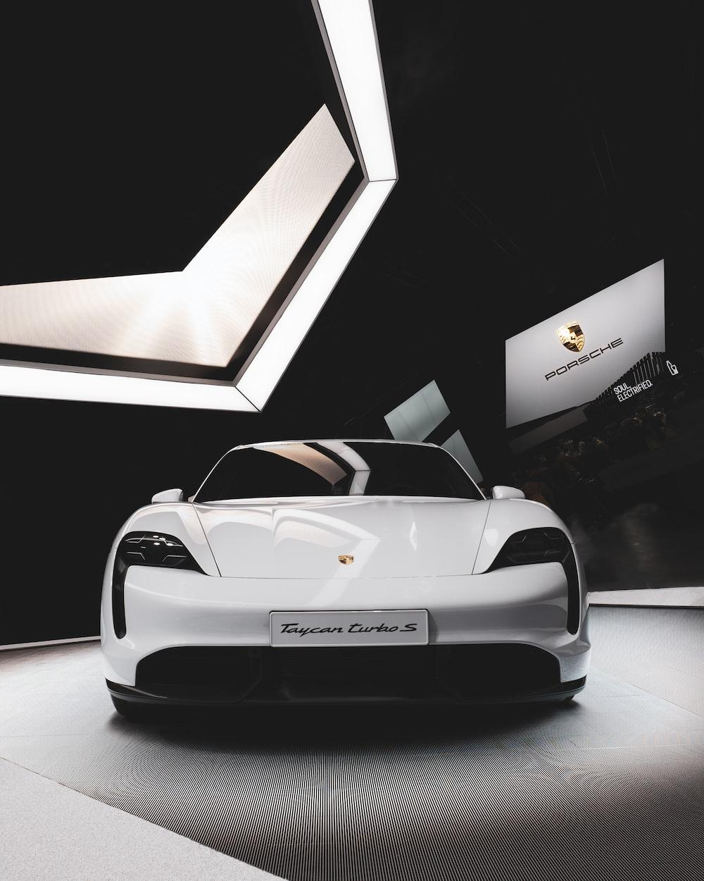 white Porsche turbo S