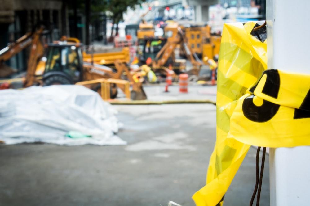 yellow and black caution yrn