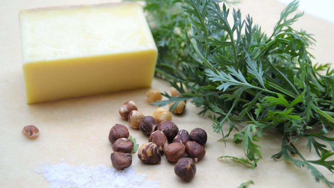 Zutaten für ein Karotten Pesto für Kochen ist Emotion mit Hasselnuß Salz Gryer