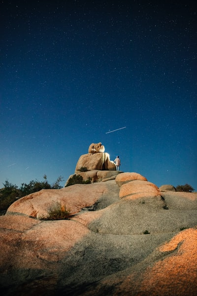 The Big Trip | Night Adventures on Jumbo Rocks in Joshua Tree National Park - Explore more at explorehuper.com/the-big-trip