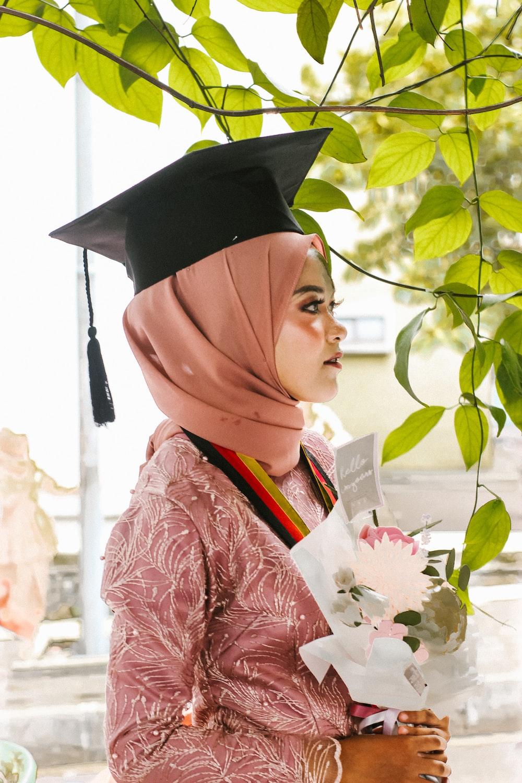 women's pink hijab