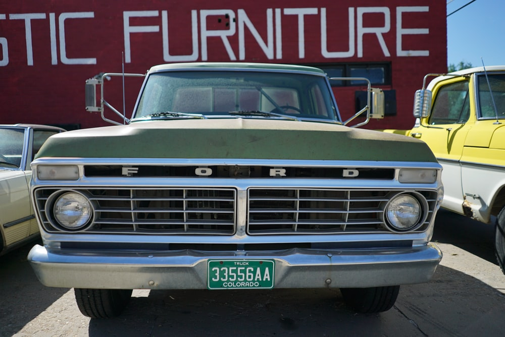 green Ford F100