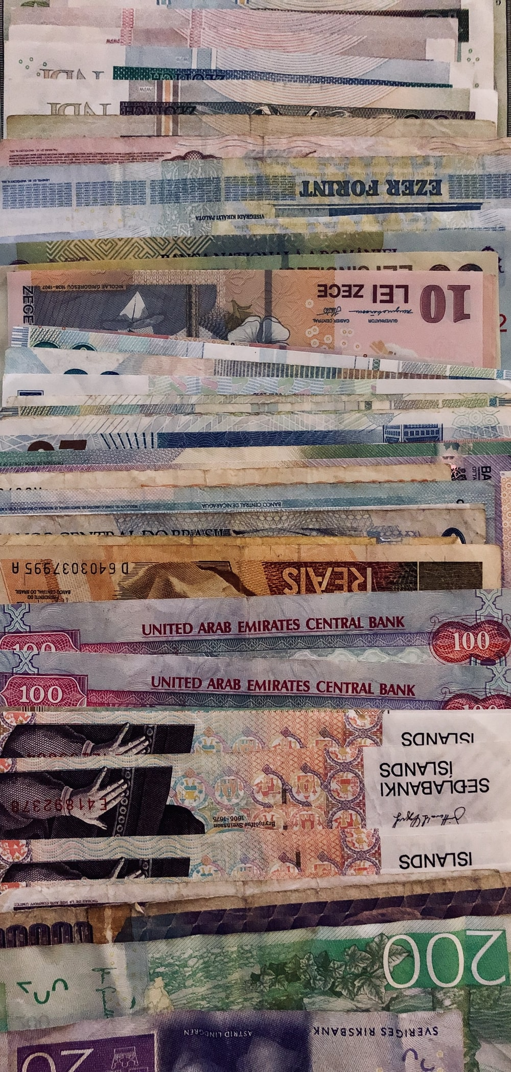 assorted denomination banknote lot