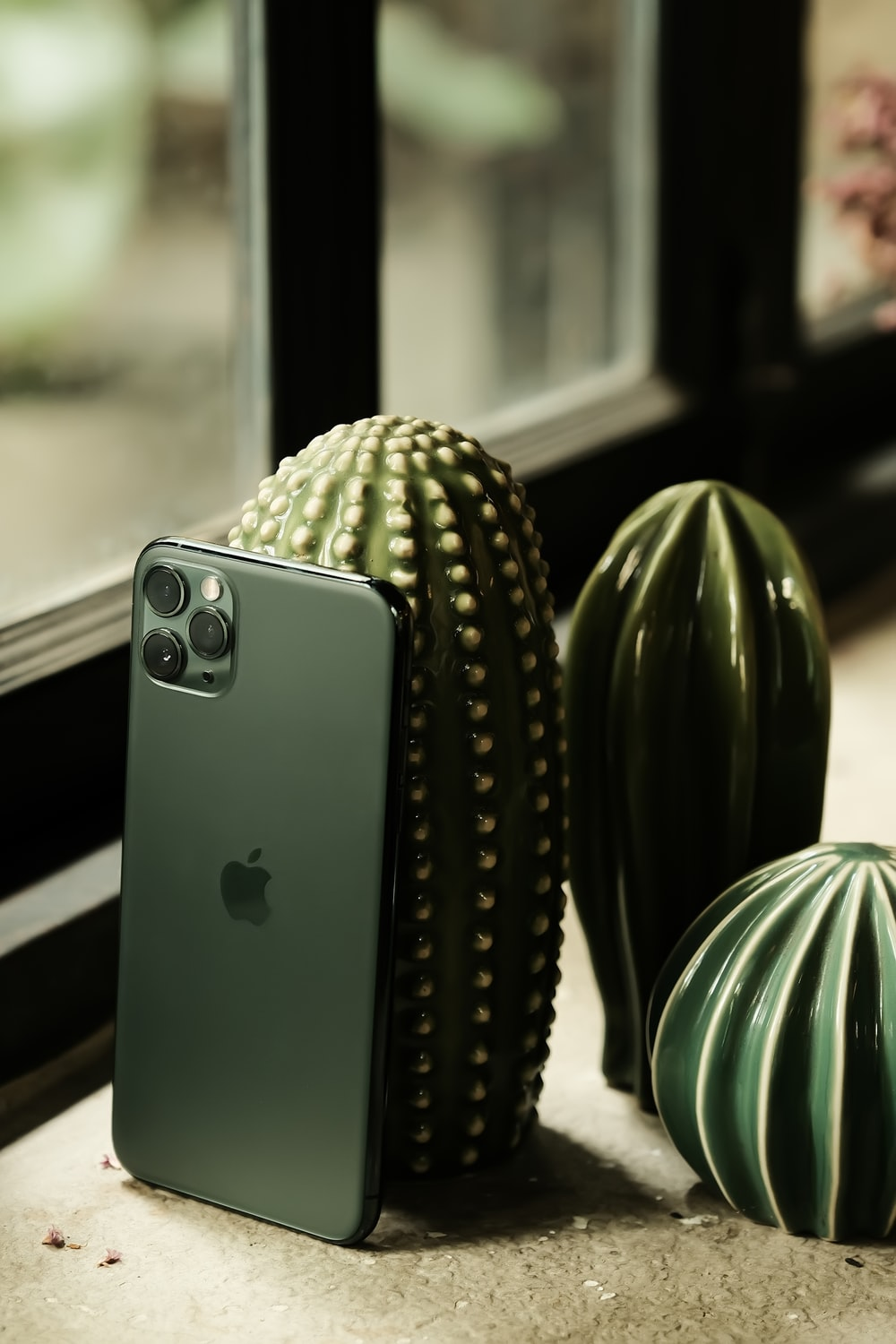 silver iPhone Pro 11