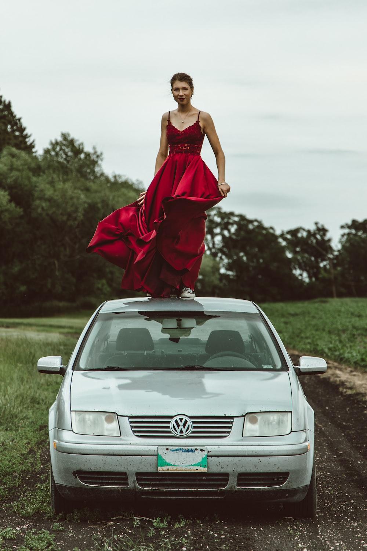 gray Volkswagen car