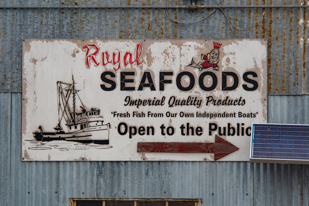 Royal Seafoods signage