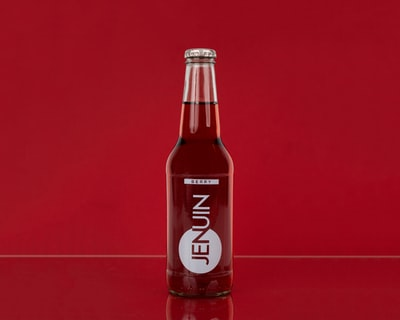 jenuin beverage bottle product teams background
