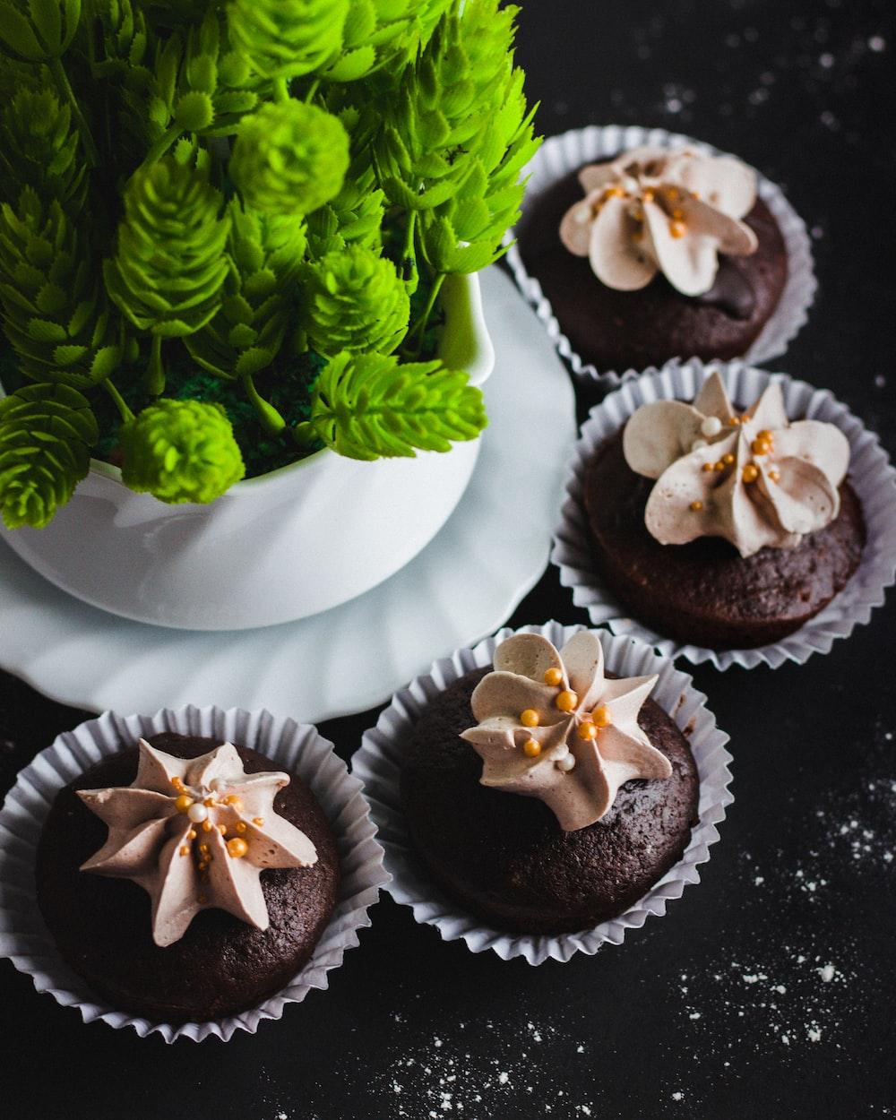 four chocolate cupcakes