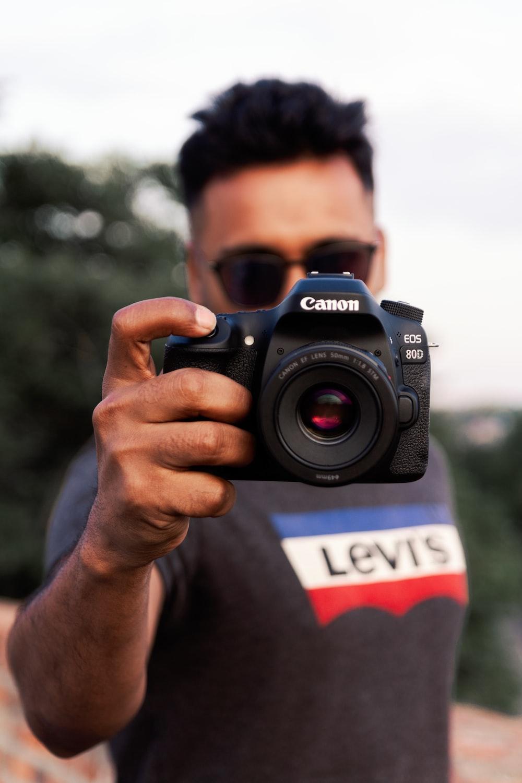 black Canon EOS 80D