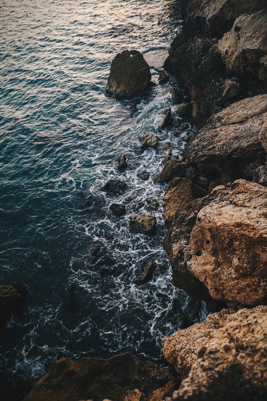 seashore waves scenery