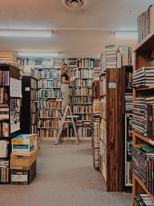 vintage bookstore 2