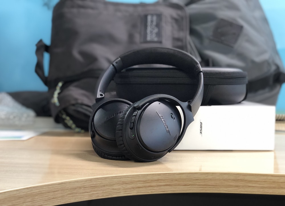 black Bose cordless headphones with box