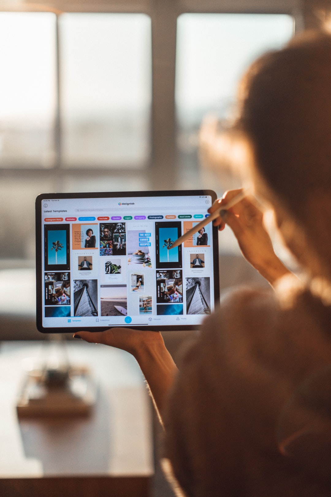 Woman using DesignLab for iOS on an iPad Pro