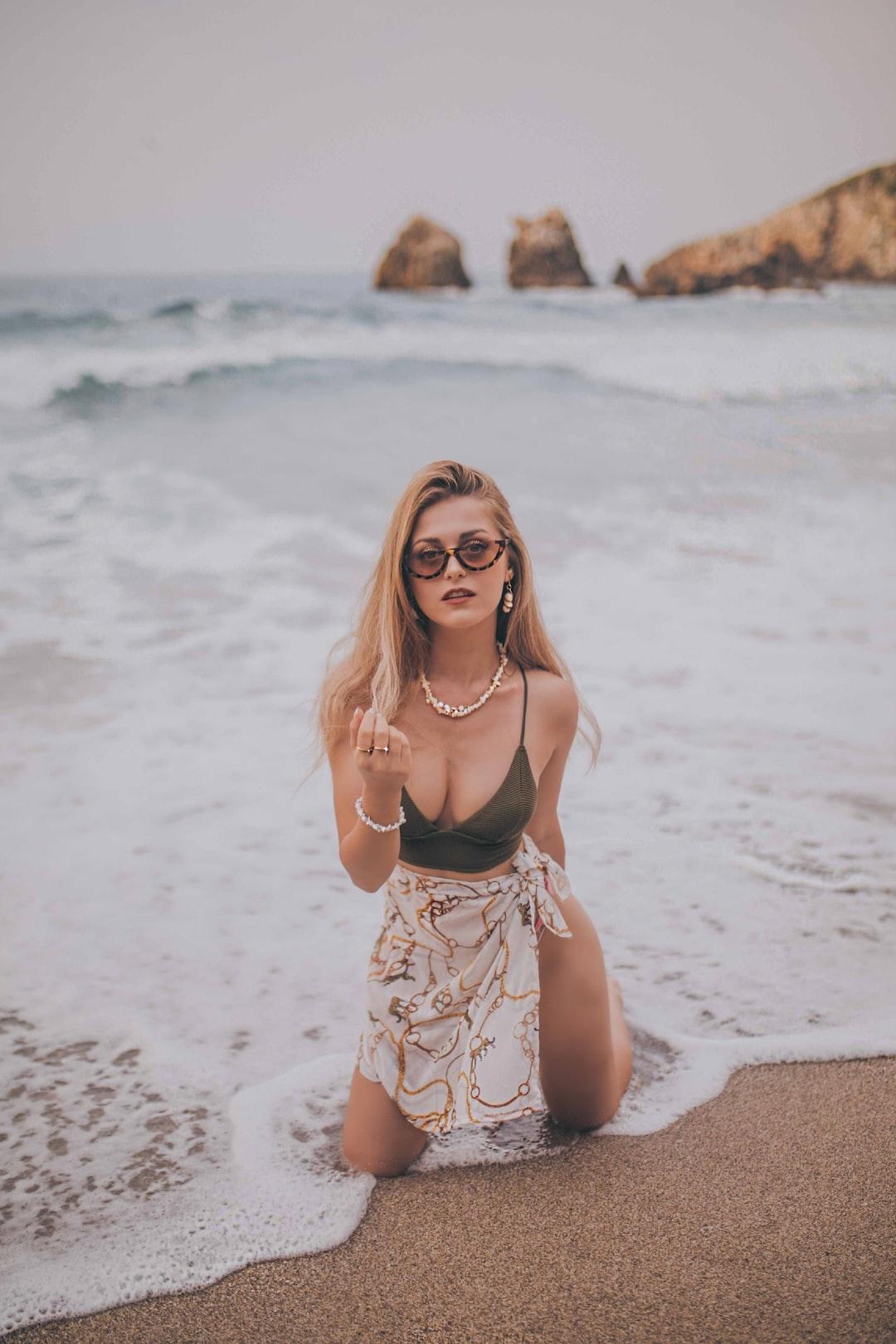 #bikini #beach #sea #wave #sand #sun #pendant jewelry bangle sunglasses summer warmth