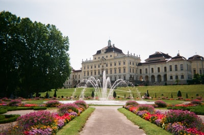 Ludwigsburg Palace near green field and park during daytime