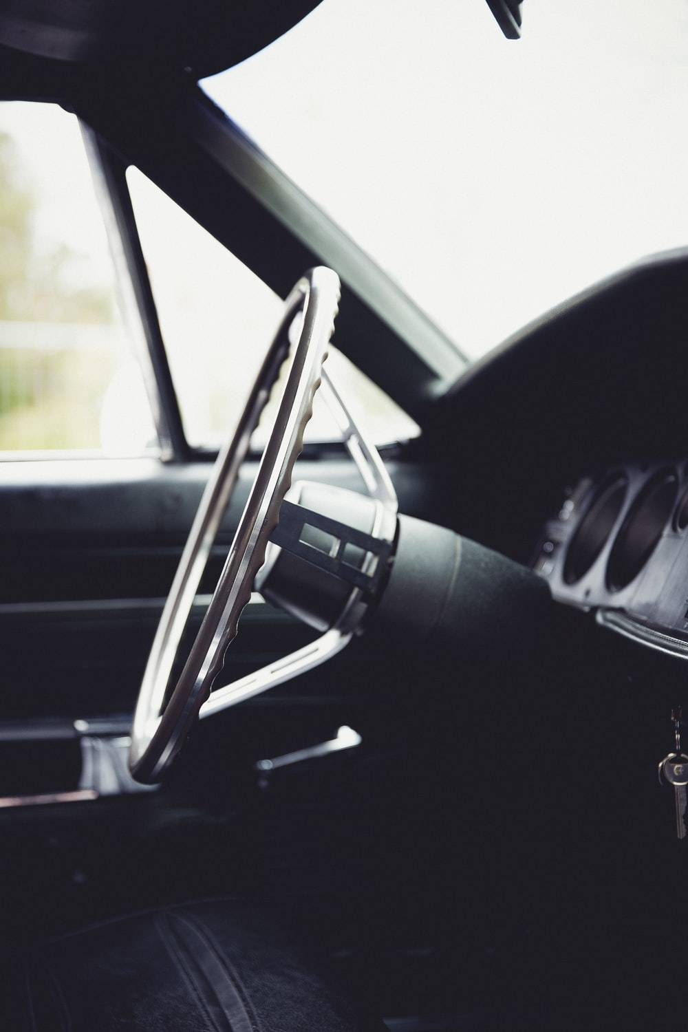black and gray car side mirror
