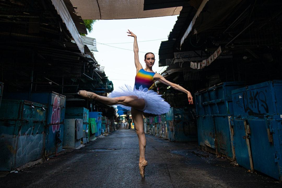 Market Dance