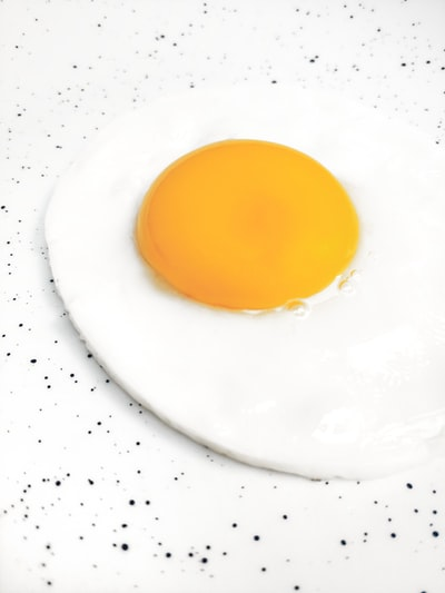 sunny side-up egg illustration