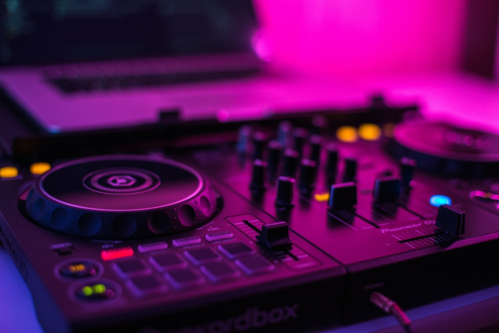 closeup photo of DJ mixer