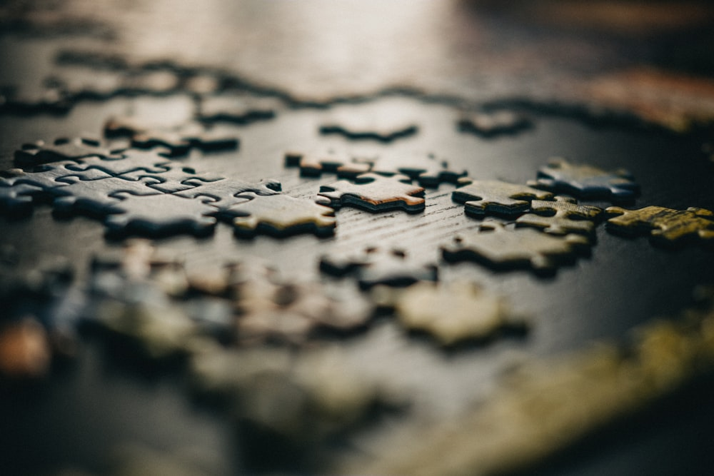 close up photography of puzzles