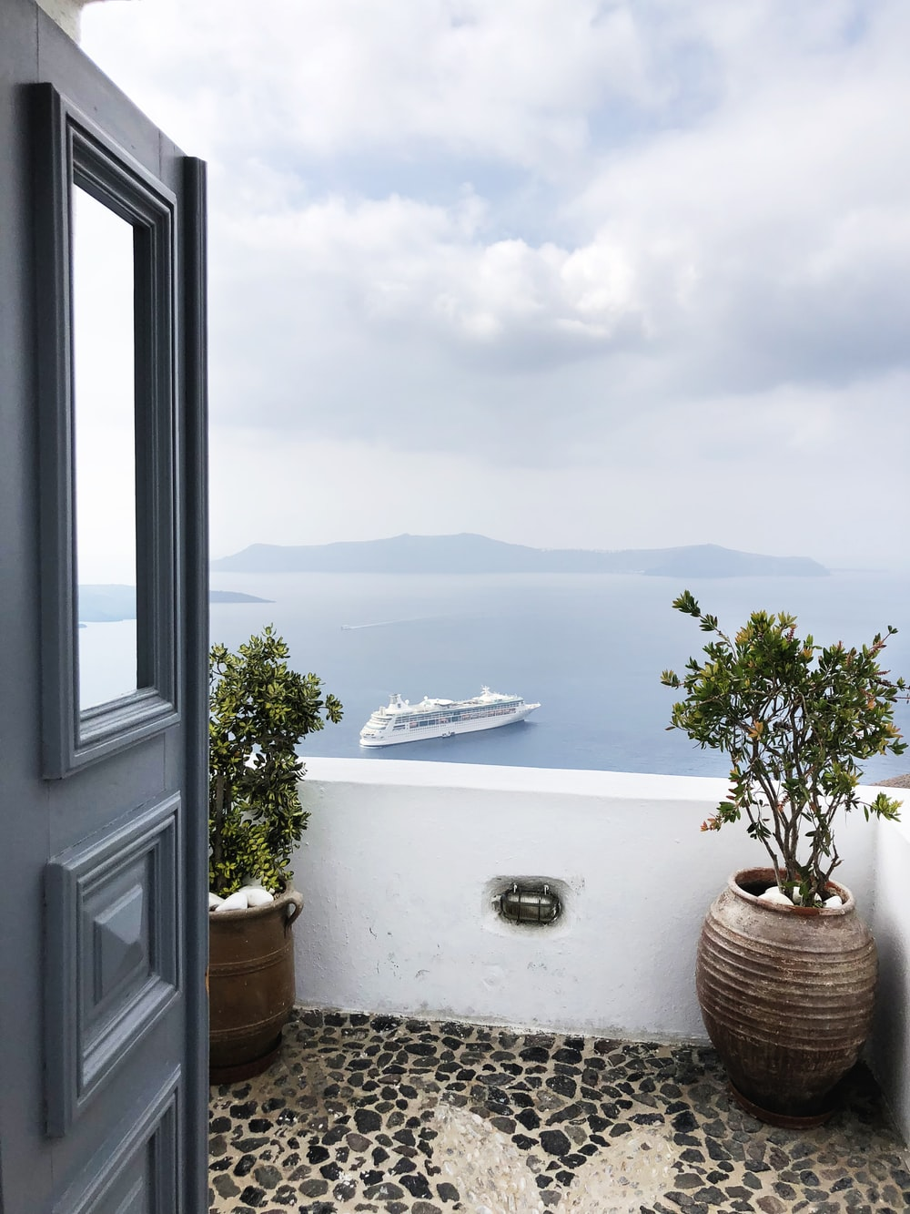 white cruise ship on ocean during daytime