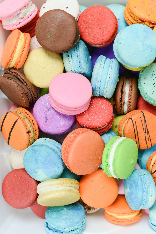 pile of macarons