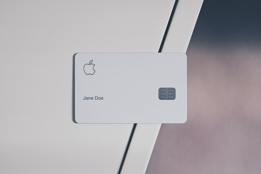 white Apple card
