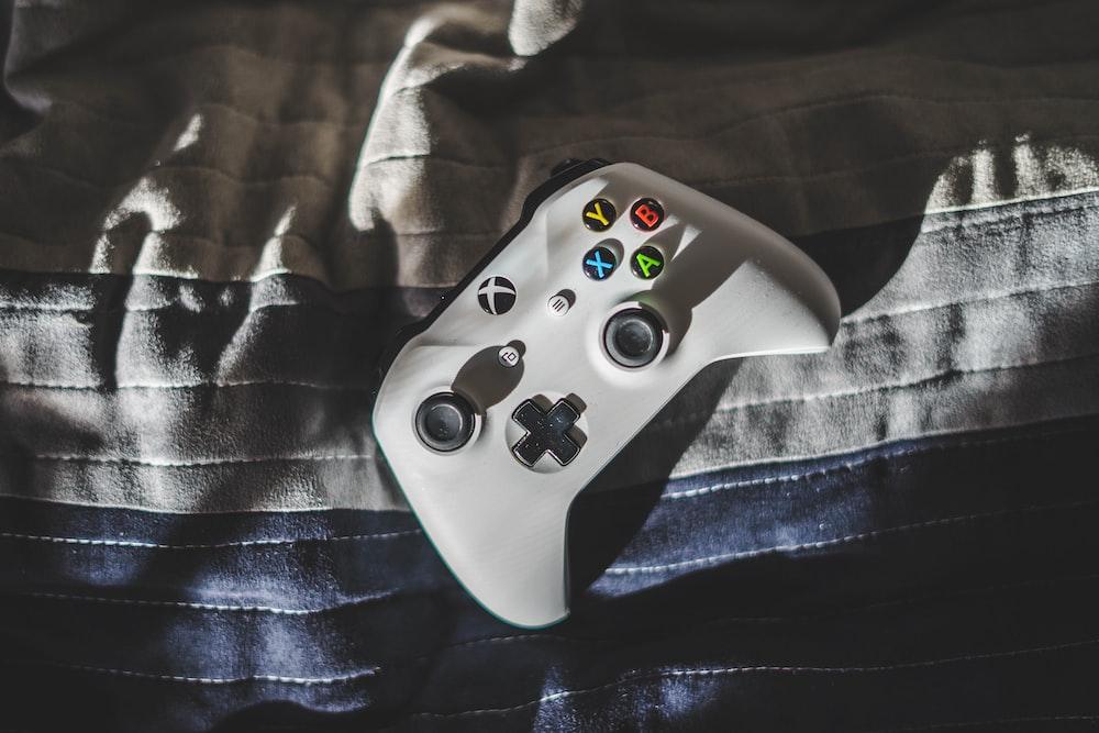 controlador Xbox blanco