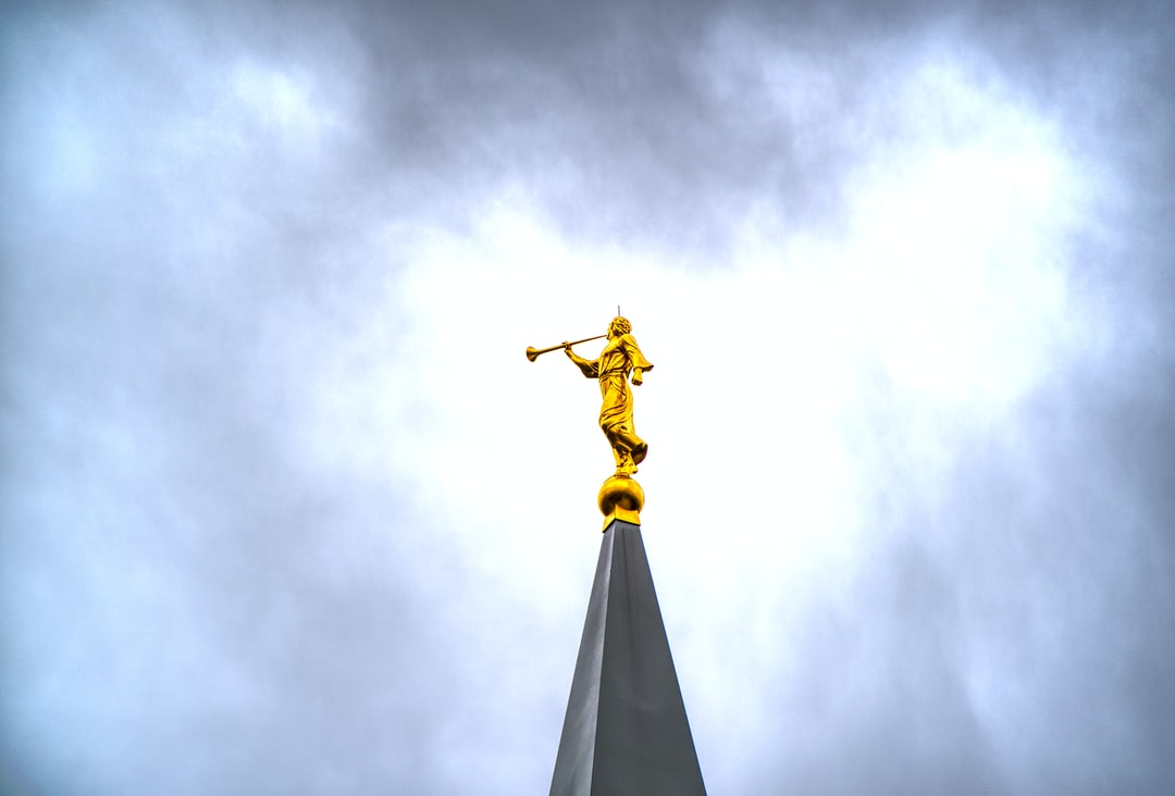 The Angel Moroni atop the Bountiful Temple