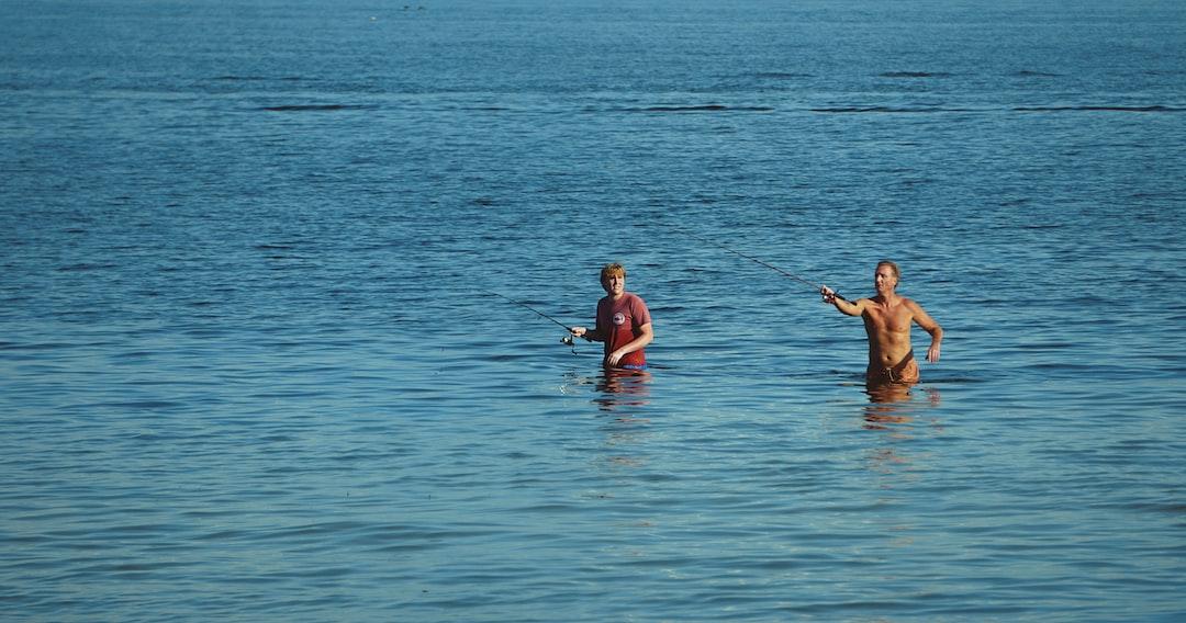 Two anglers enjoying Tampa Bay.