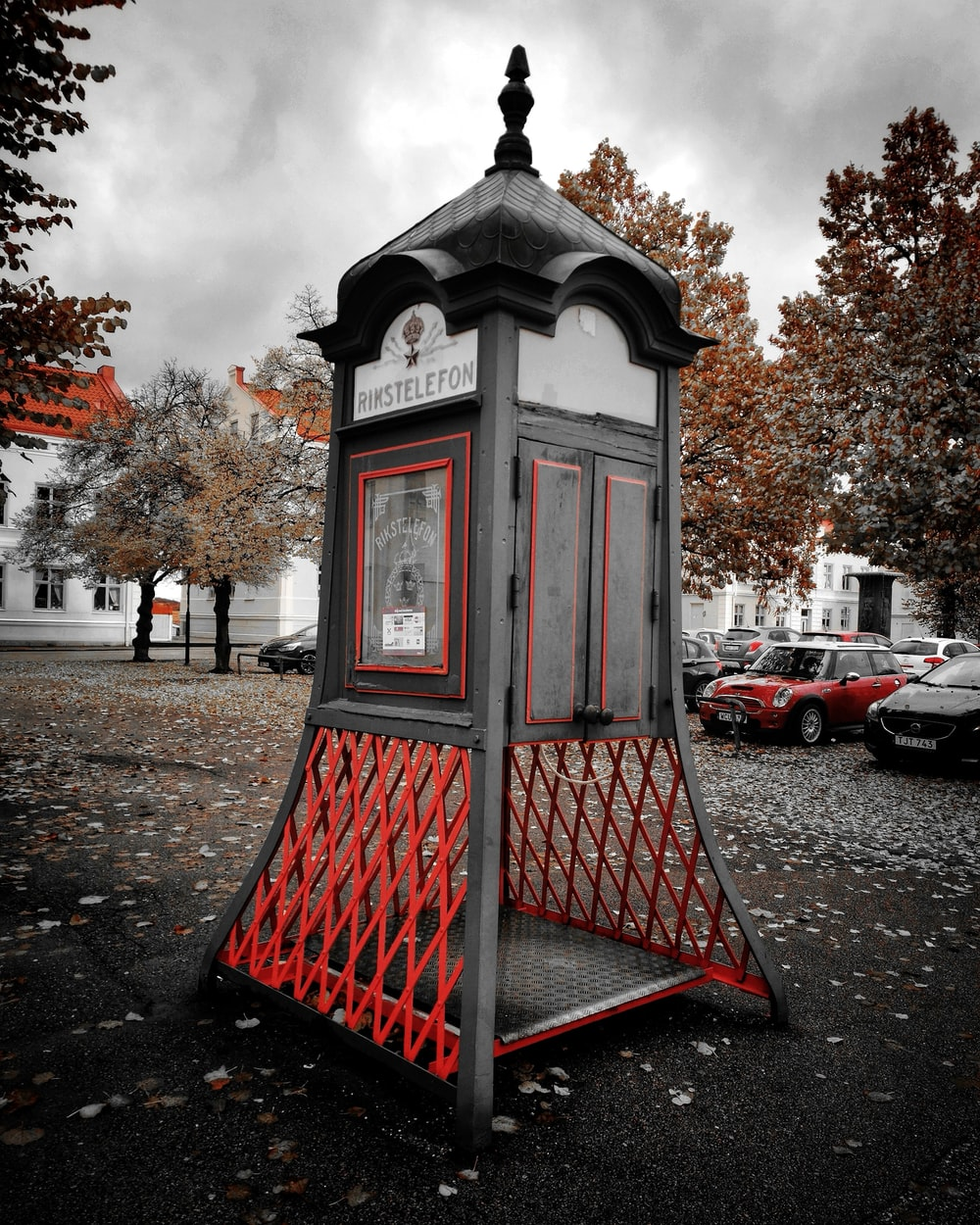 black and red wooden cabinet