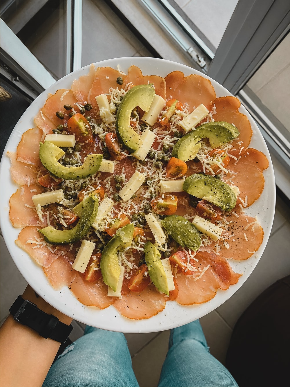 avocado with cheese