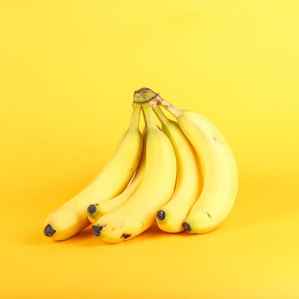 yellow bananas with vitamin b6