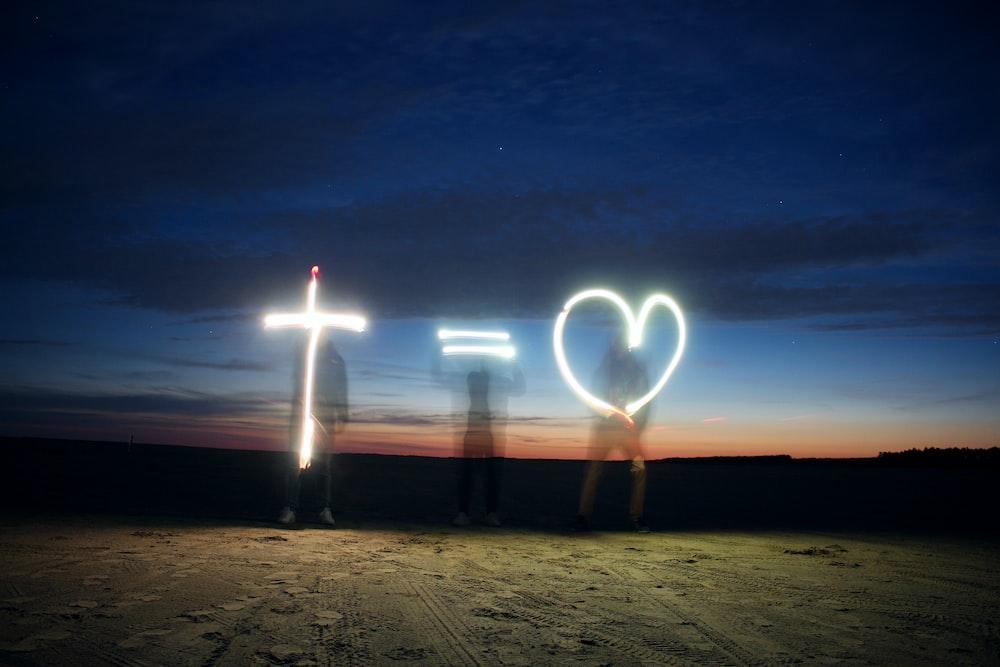 +=heart light wallpaper