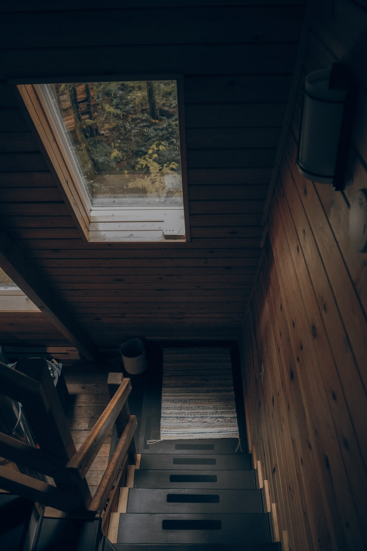 brown wooden stair