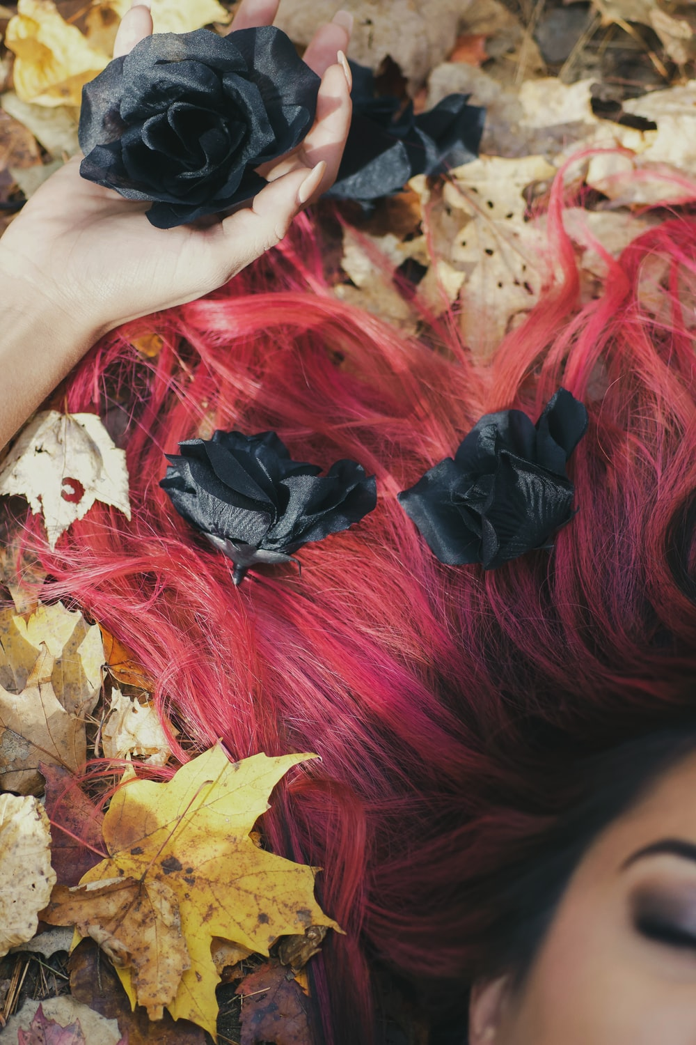 black and red hair wig