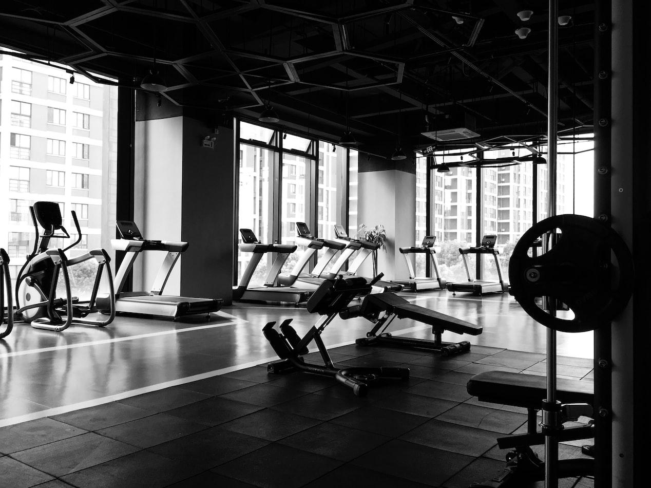 Poland gyms remain close