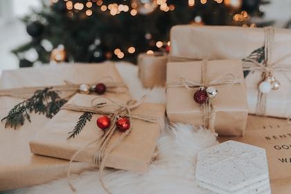 10 idées de cadeaux de Noël à offrir à une femme enceinte !
