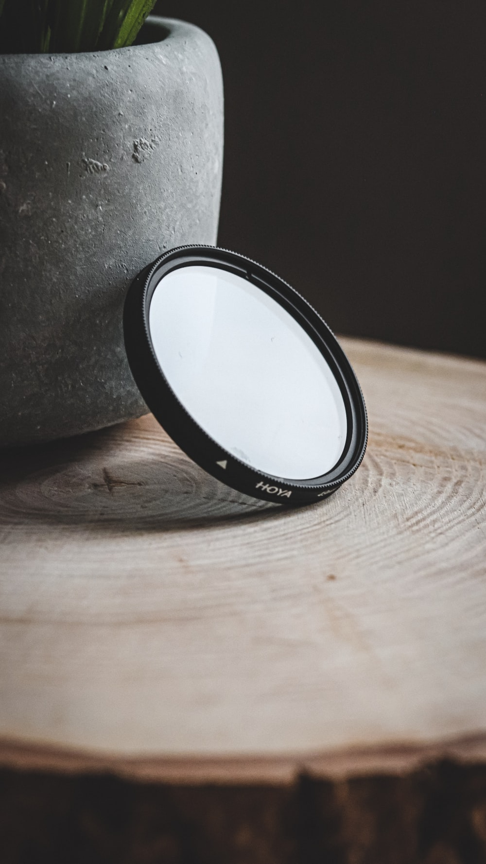 round black and gray case