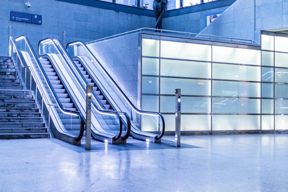 photography of escalator inside building
