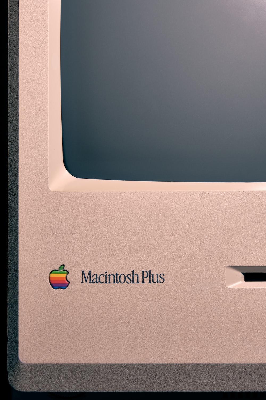 Macintosh Plus computer monitor