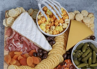 biscuit and cheese platter