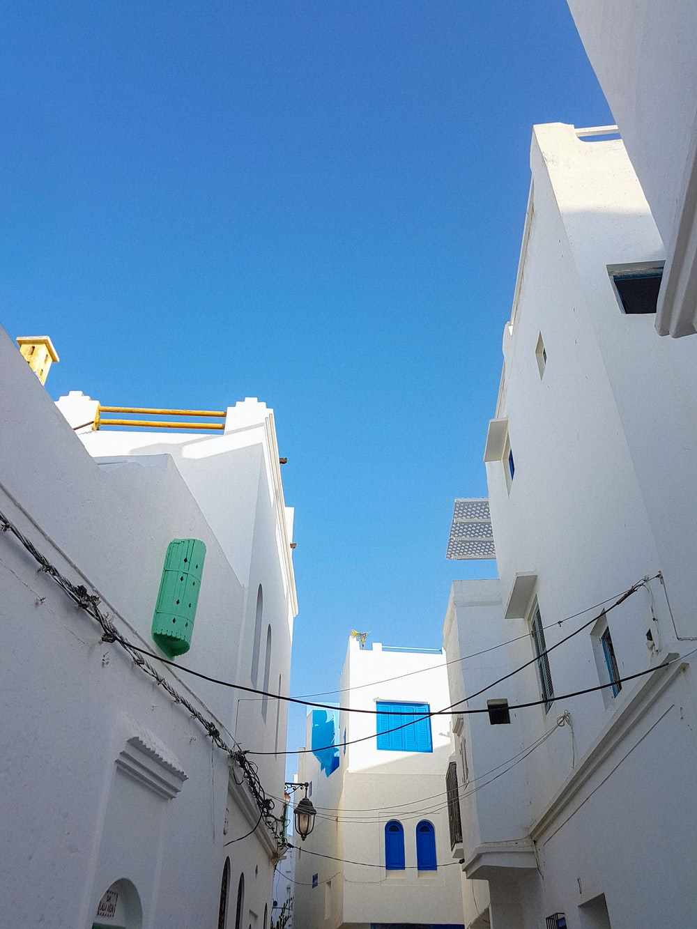 white painted buildings photo