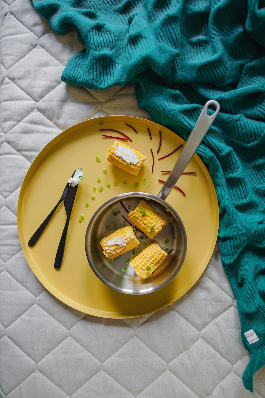 plate of corn