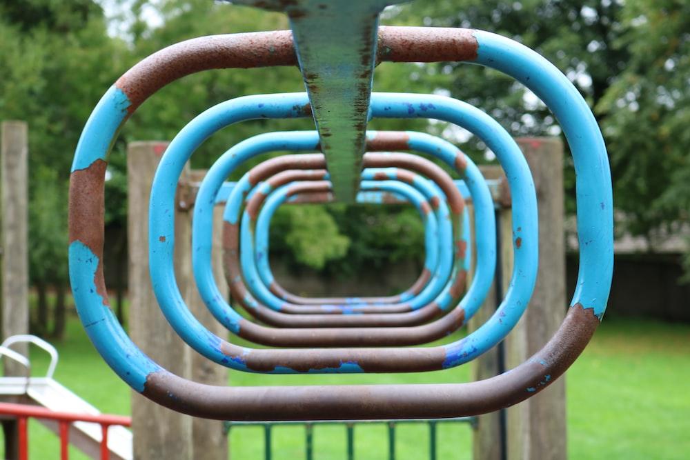 blue metal ring play set
