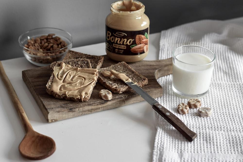 Bonno jar beside milk and tray