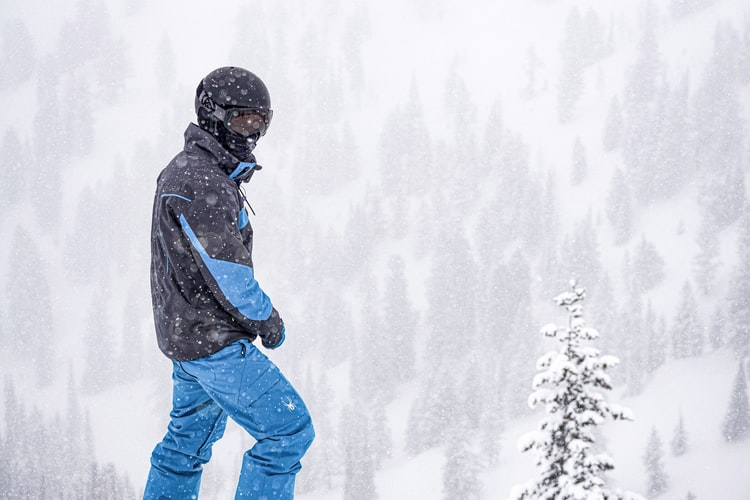 Skihelm-Herren-Skisaison-2020