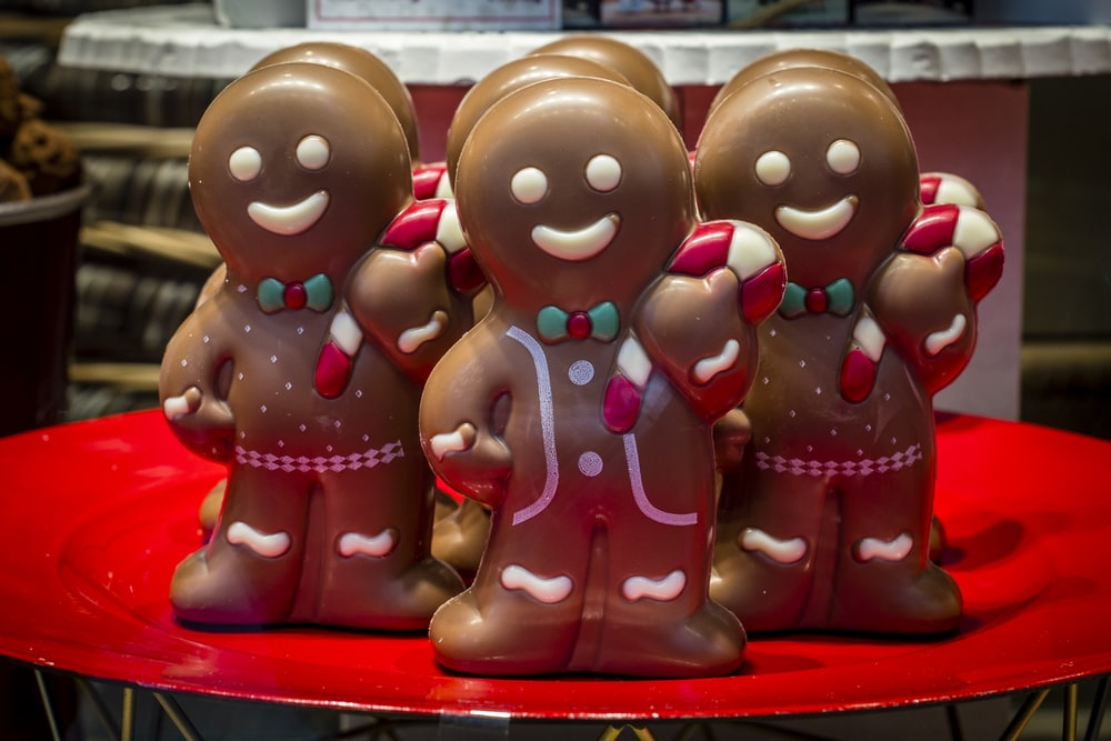 gingerbread man cohoclates