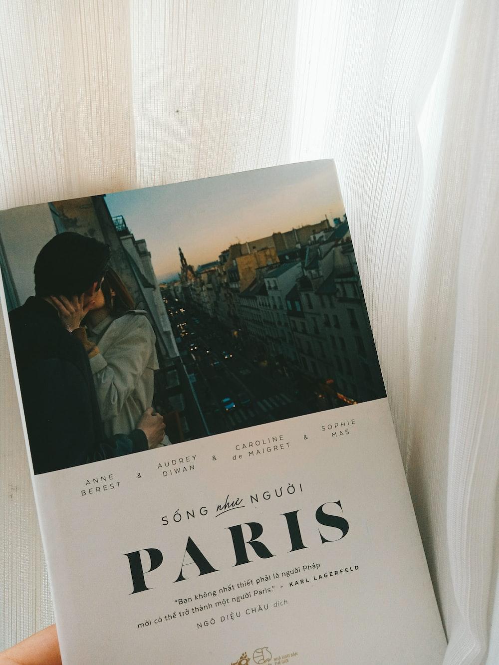 Song Nguoi Paris book