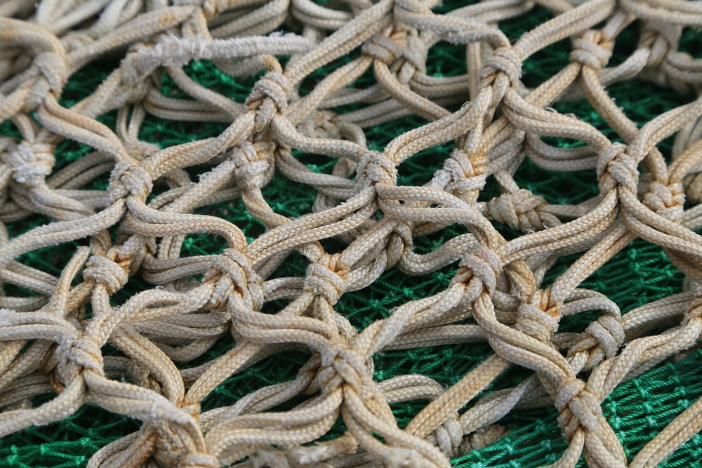 brown chain rope